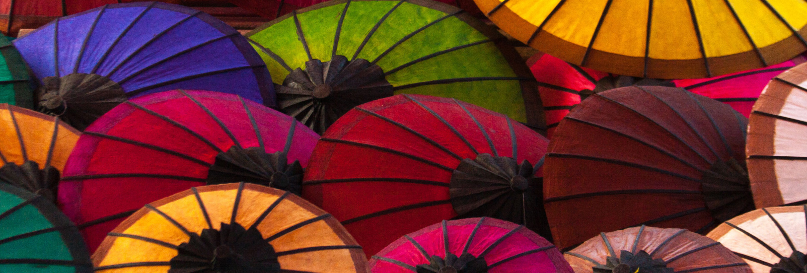 banner-umbrellas
